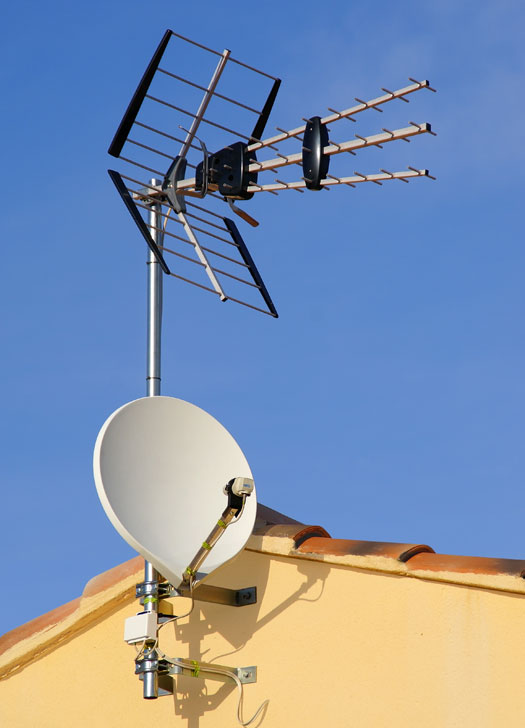 Antenne satellite et terrestre
